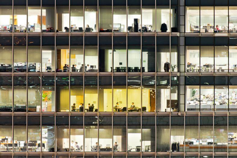 営業やマーケティングで本社だけじゃなくて支店や支社などの単位をしっかりと攻めたいという時に作るアタックリスト作成のためのクローラーの利用方法