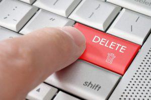 Webクローラーでホームページを辿ってデータを収集して活用。重要なのはHTMLデータの収集よりもいつ削除するのかということ